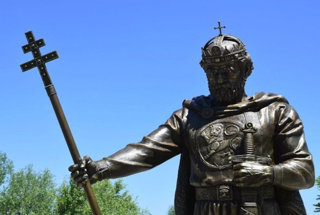 показаха-паметника-на-цар-самуил-22803
